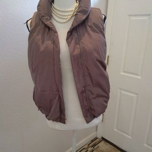 GAP grey puffy vest size small
